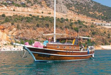 eclipse boat